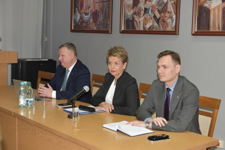 Wizyta wiceminister Aliny Nowak w KG OHP