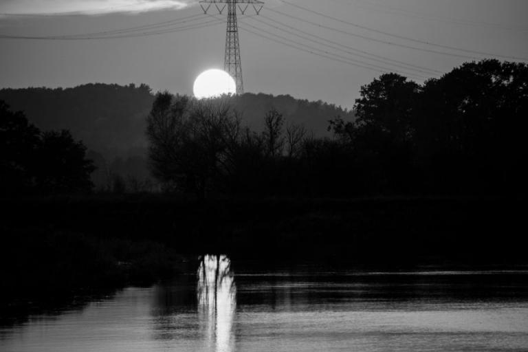 Łomża: Magia czarno-białej fotografii