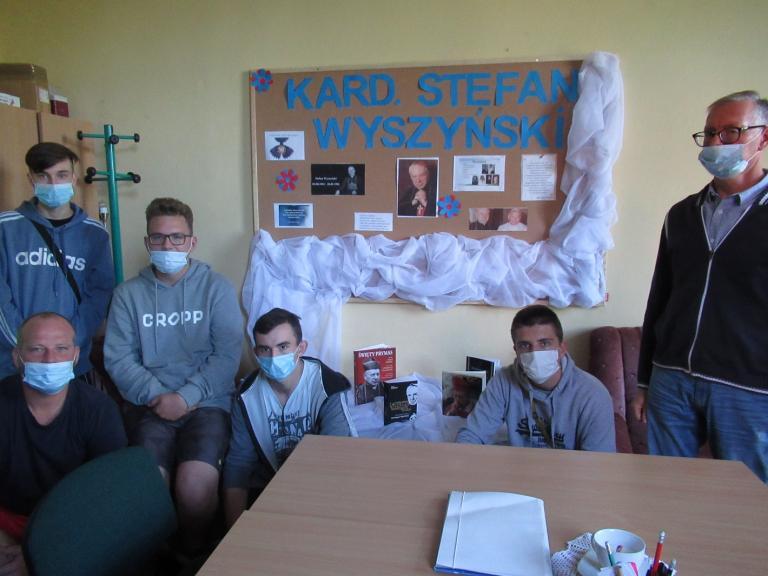 Zajęcia z okazji beatyfikacji Kardynała Wyszyńskiego w Hufcu Pracy we Wrześni