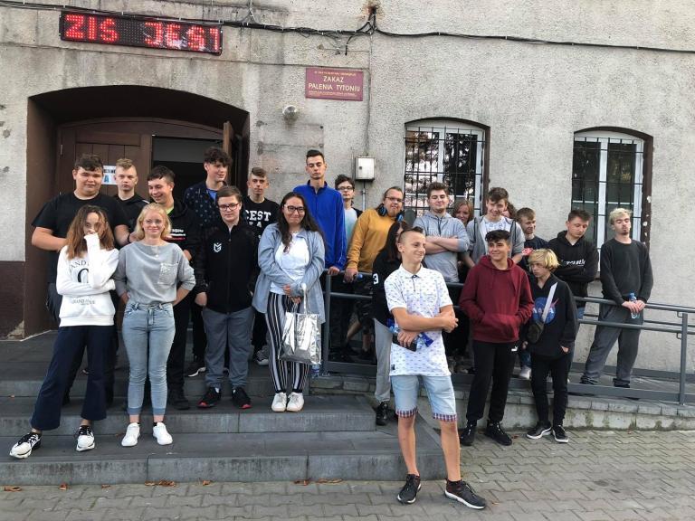 Wyjazd uczestników OSiW w Szamocinie do kina