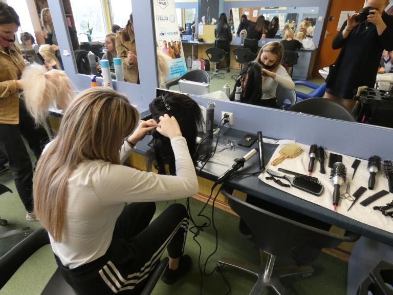 Konkurs fryzjerski w Kraśniku
