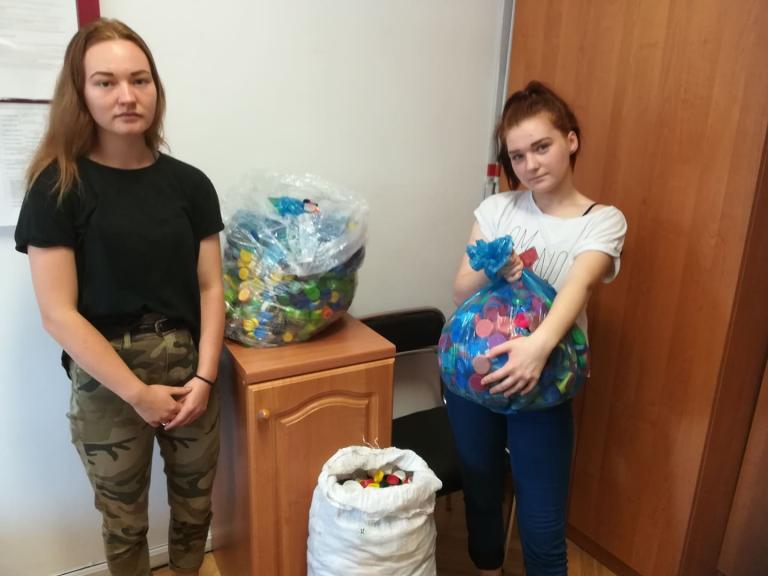 Biłgoraj: Zbiórka nakrętek dla Kubusia Pawęzka