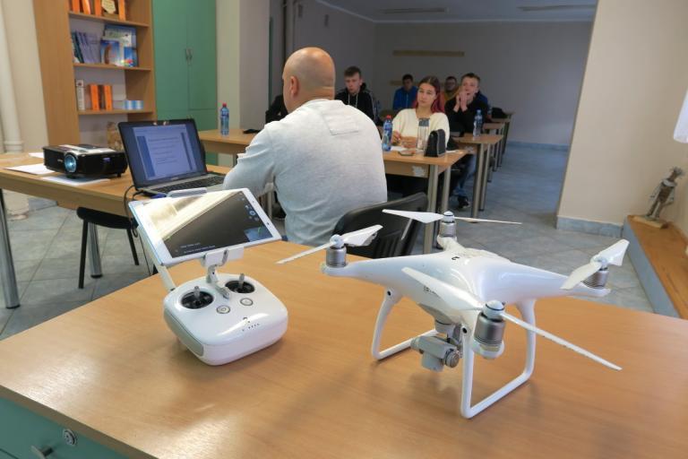 Szkolimy operatorów drona