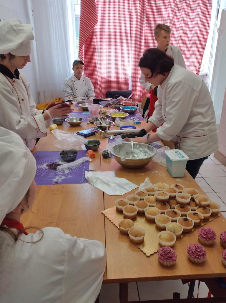 Kraśnik: Przygotowanie kucharzy do egzaminu zawodowego