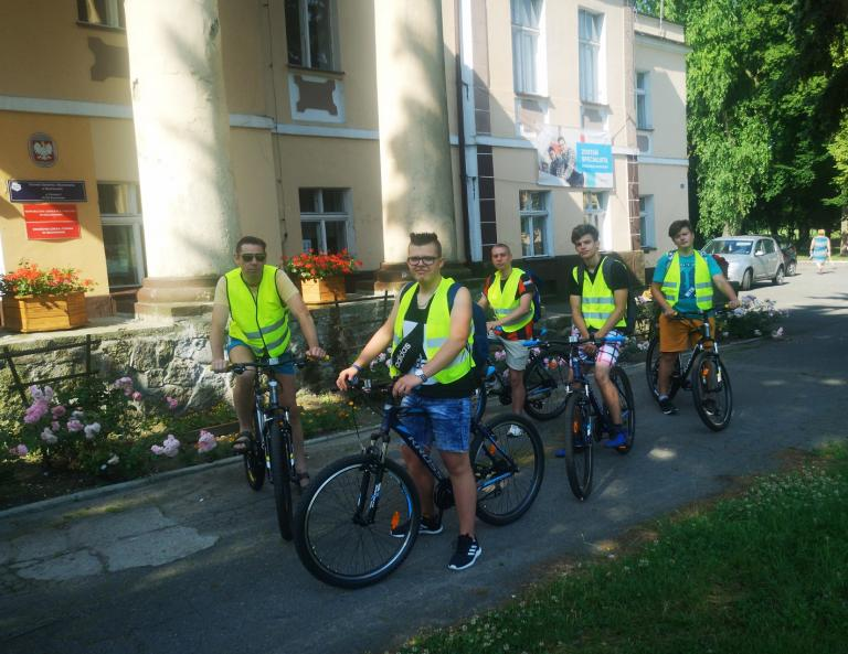 """Akcja Lato """"Na rowerach do Skorzęcina"""" w OSiW w Niechanowie"""