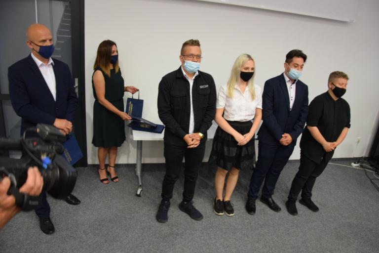 Nagrody Starosty Szczecineckiego dla młodzieży z Hufca Pracy 16-9