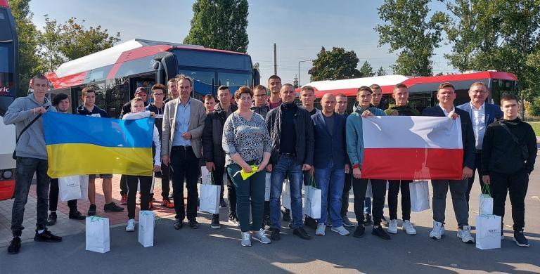 """Polsko-Ukraińska Rada Wymiany Młodzieży """"Z jakiego autobusu słyniesz?"""" Ślesin 2021"""
