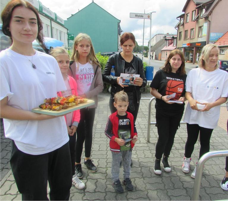 Warsztaty kulinarne na zakończenie wakacji w Hufcu Pracy w Czarnkowie