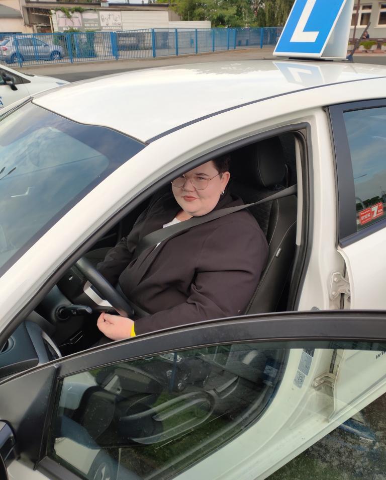 Kurs prawa jazdy kategorii B w Centrum Edukacji i Pracy Młodzieży w Lesznie