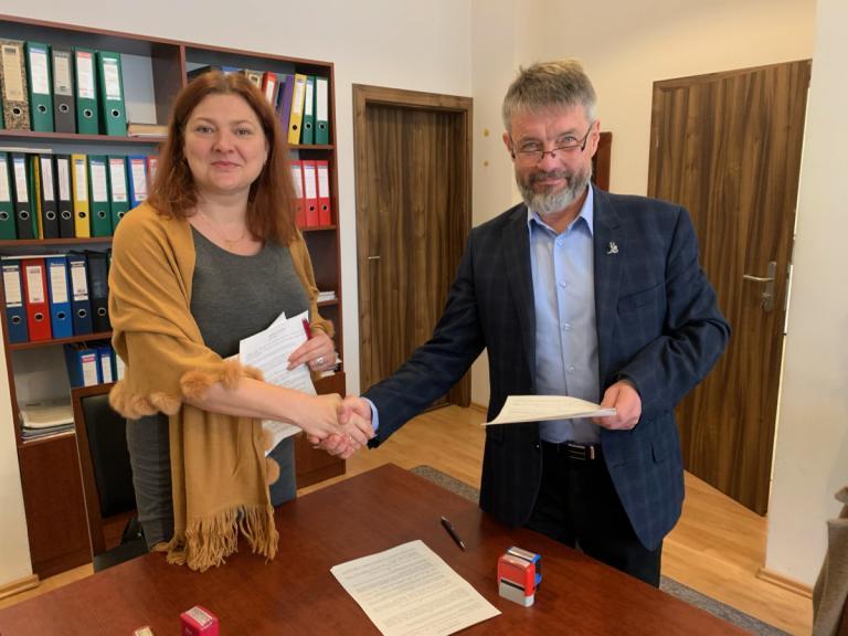 Łomża: Porozumienie z Zespołem Szkół Technicznych i Ogólnokształcących