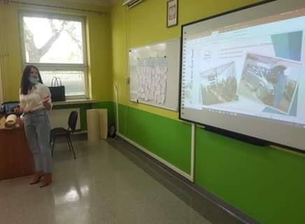 Promocja Hufca 16-10 w Szkole Podstawowej nr 8 w Policach