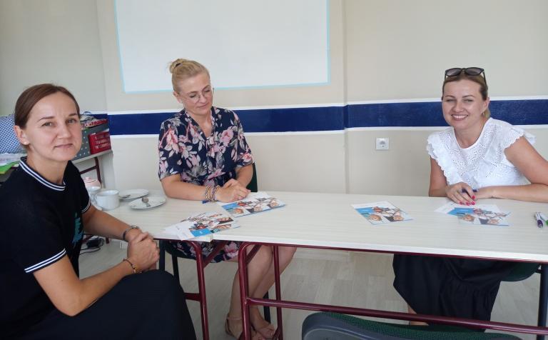 Spotkanie kadry OHP z Wolsztyna z kuratorem sądowym i wizyta w szkole podstawowej