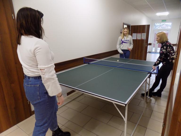 Turniej tenisa stołowego w gostyńskim Hufcu Pracy