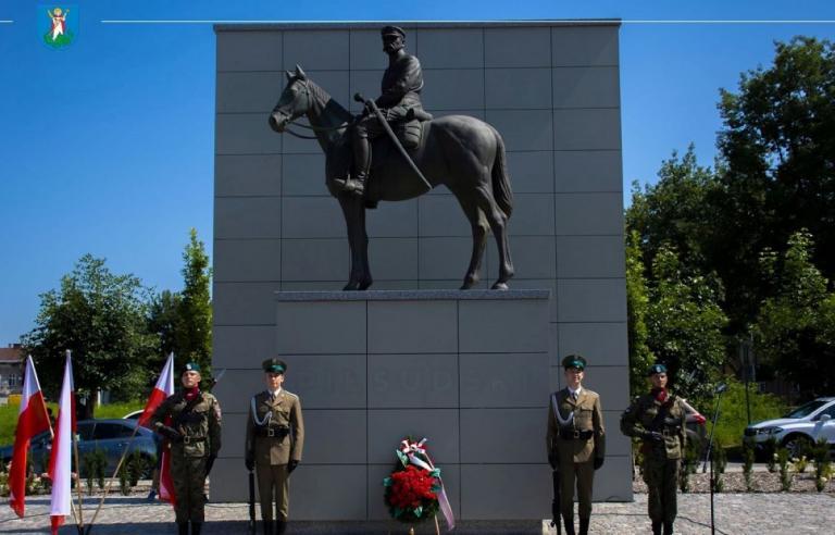 Ochotnicze Hufce Pracy w Święto Wojska Polskiego