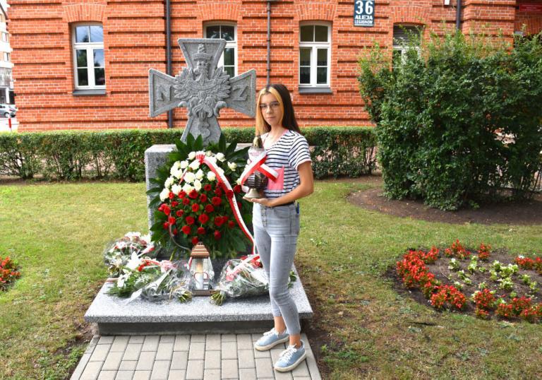 Łomża: Młodzież pamięta o bohaterach Powstania Warszawskiego