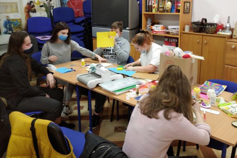 Łomża: Warsztaty plastyczne – kartka wielkanocna